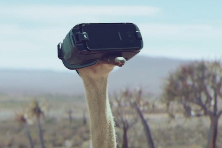 Samsung VR Ostrich Advert